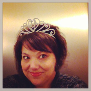 That's a 40 (but backwards) on my tiara.